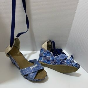 Old Navy, size 10, Leg Tie Up, Wedge Shoe